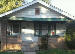 Pre Foreclosure in Indianapolis 46222 KING AVE - Property ID: 1668932935