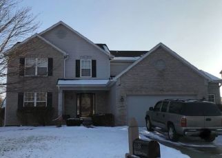 Pre Foreclosure in Indianapolis 46229 DEER VALLEY DR - Property ID: 1668951316
