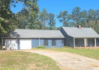 Pre Foreclosure in Rockmart 30153 OAK HILL DR - Property ID: 1669070446