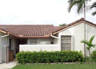 Pre Foreclosure in Deerfield Beach 33442 COLUMBIA CT - Property ID: 1669176437
