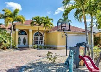 Pre Foreclosure in Bonita Springs 34134 SIERRA LN - Property ID: 1669363454