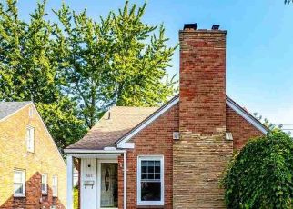 Pre Foreclosure in Grosse Pointe 48236 HOLLYWOOD AVE - Property ID: 1669485201