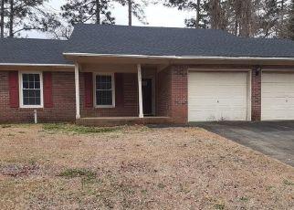 Pre Foreclosure in Fayetteville 28314 PRESTIGE BLVD - Property ID: 1669719977