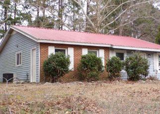 Pre Foreclosure in Fayetteville 28311 KELLAM CIR - Property ID: 1669721277