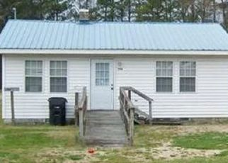 Pre Foreclosure in Pink Hill 28572 S FRONT ST - Property ID: 1669726532