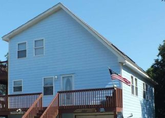 Pre Foreclosure in Kill Devil Hills 27948 CANAL DR - Property ID: 1670123334