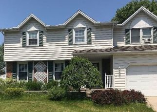 Pre Foreclosure in Grand Island 14072 FAREWAY LN - Property ID: 1670151815
