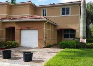 Pre Foreclosure in Fort Lauderdale 33312 SW 30TH TER - Property ID: 1670407586