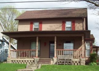 Pre Foreclosure in Walnut 61376 S MAIN ST - Property ID: 1670796956