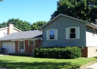 Pre Foreclosure in Dekalb 60115 RIDGE DR - Property ID: 1670831990