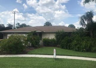 Pre Foreclosure in Naples 34112 CHIPPENDALE DR - Property ID: 1670941923