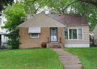 Pre Foreclosure in Minneapolis 55407 PORTLAND AVE - Property ID: 1671630851