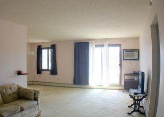 Pre Foreclosure in Minneapolis 55441 W MEDICINE LAKE DR - Property ID: 1671643546