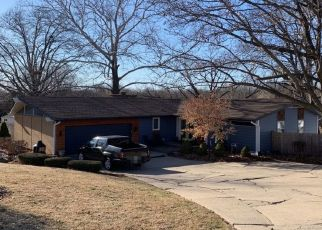 Pre Foreclosure in Kansas City 64152 NW VALLEY VIEW ST - Property ID: 1671778441
