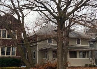 Pre Foreclosure in Oak Park 60302 S EAST AVE - Property ID: 1672651770