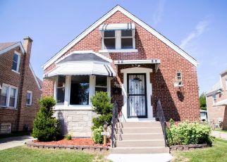 Pre Foreclosure in Berwyn 60402 CUYLER AVE - Property ID: 1672736737
