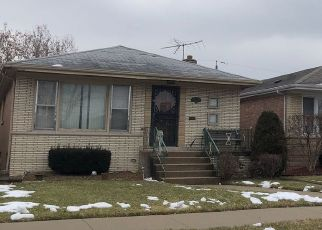 Pre Foreclosure in Chicago 60652 S KILPATRICK AVE - Property ID: 1672872499