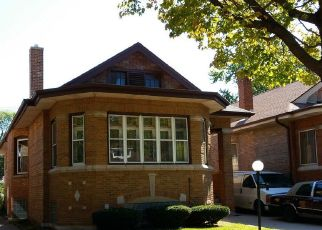 Pre Foreclosure in Chicago 60617 S LUELLA AVE - Property ID: 1672990760