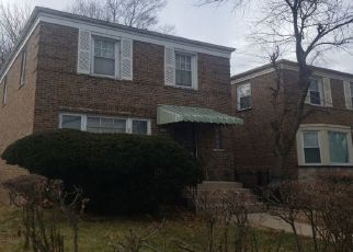 Pre Foreclosure in Chicago 60617 S YATES BLVD - Property ID: 1672992956