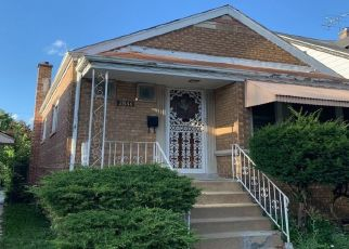 Pre Foreclosure in Chicago 60617 E 84TH ST - Property ID: 1673004325