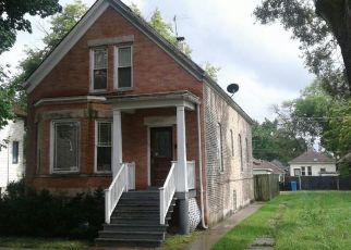 Pre Foreclosure in Chicago 60619 E 90TH ST - Property ID: 1673130466