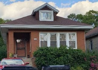 Pre Foreclosure in Chicago 60643 S WOOD ST - Property ID: 1673237329