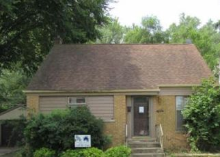 Pre Foreclosure in Calumet City 60409 SHIRLEY DR - Property ID: 1673533854