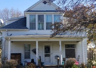 Pre Foreclosure in Rock Island 61201 27TH ST - Property ID: 1673867578