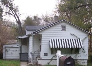 Pre Foreclosure in East Saint Louis 62206 UPPER CAHOKIA RD - Property ID: 1673911370