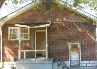 Pre Foreclosure in East Saint Louis 62205 N 24TH ST - Property ID: 1674047135