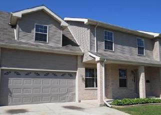 Pre Foreclosure in University Park 60484 SULLIVAN LN - Property ID: 1674112403