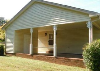 Pre Foreclosure in Lexington 27292 LINWOOD SOUTHMONT RD - Property ID: 1674170659
