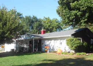 Pre Foreclosure in Levittown 19054 MAPLE LN - Property ID: 1674726439