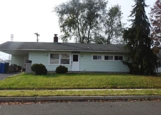 Pre Foreclosure in Levittown 19055 DAFFODIL LN - Property ID: 1674727768