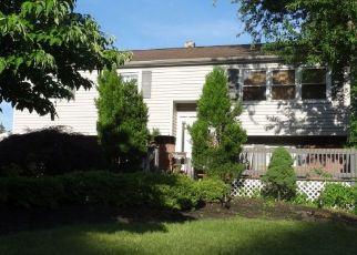 Pre Foreclosure in Feasterville Trevose 19053 FERNBROOK AVE - Property ID: 1674754918