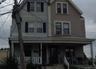Pre Foreclosure in Darby 19023 PUSEY AVE - Property ID: 1674852136