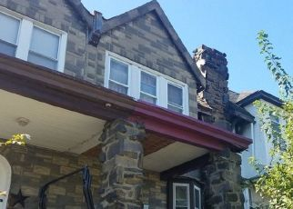 Pre Foreclosure in Upper Darby 19082 SPRINGTON RD - Property ID: 1674882359