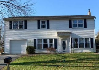 Pre Foreclosure in Mount Joy 17552 CENTER ST - Property ID: 1675100926