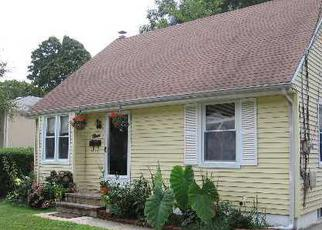Pre Foreclosure in Amityville 11701 COOLIDGE AVE - Property ID: 1675189831