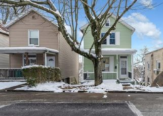 Pre Foreclosure in Pittsburgh 15202 QUAILL AVE - Property ID: 1675945319
