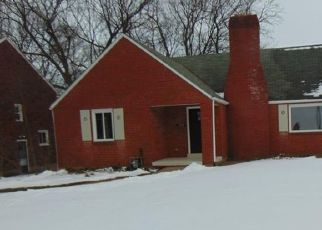 Pre Foreclosure in Pittsburgh 15235 GRAHAM BLVD - Property ID: 1676053958
