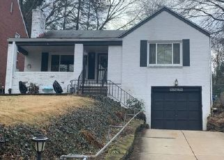 Pre Foreclosure in Pittsburgh 15235 OLD GATE RD - Property ID: 1676060962