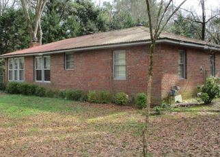 Pre Foreclosure in Acworth 30101 MCLAIN CIR - Property ID: 1676934718