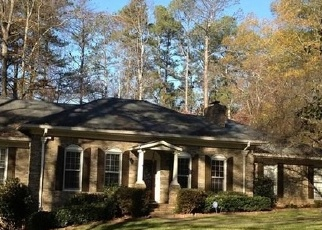Pre Foreclosure in Stone Mountain 30087 JUHAN RD - Property ID: 1677244353
