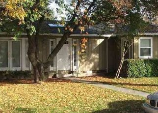 Pre Foreclosure in Stockton 95204 MIDDLEFIELD AVE - Property ID: 1677566263