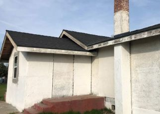 Pre Foreclosure in Fresno 93706 S THORNE AVE - Property ID: 1678250831