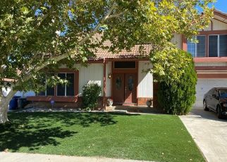 Pre Foreclosure in Palmdale 93550 YORKSHIRE DR - Property ID: 1678516672