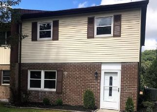 Pre Foreclosure in Beckley 25801 LODE DR - Property ID: 1679137274