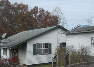Pre Foreclosure in Crab Orchard 25827 MCKINLEY ST - Property ID: 1679156106