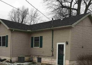 Pre Foreclosure in Temperance 48182 LEWIS AVE - Property ID: 1679256857